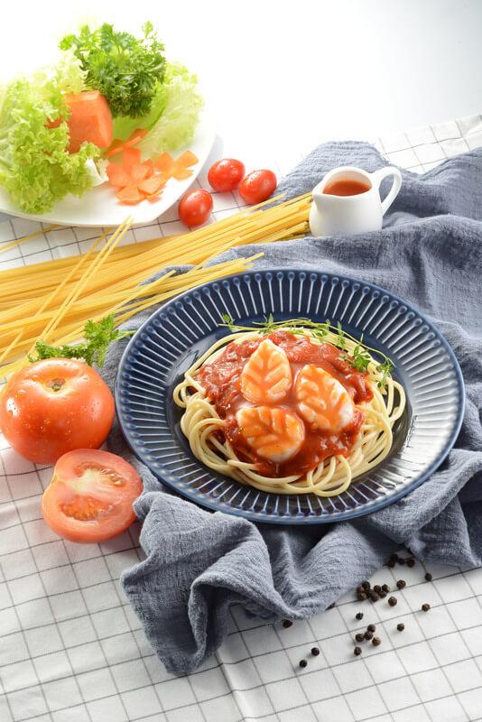 Classic Tomato Spaghetti with Prawn Paste